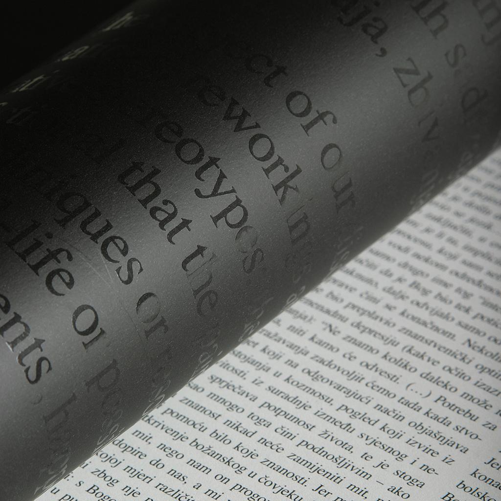 Bojan Šumonja, dizajn, HDLU, Hrvatska, ICOGRADA, Izložba hrvatskog dizajna, Monografija, Sonda, Studio Sonda, Hrvatski dizajn, Vižinada, Poreč, Istra