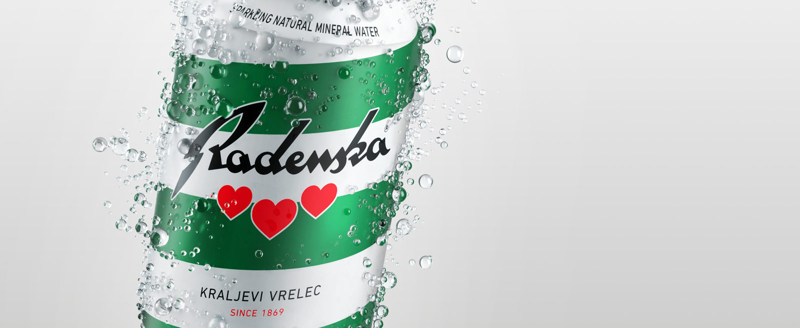 Sparkling mineral water Radenska in a can